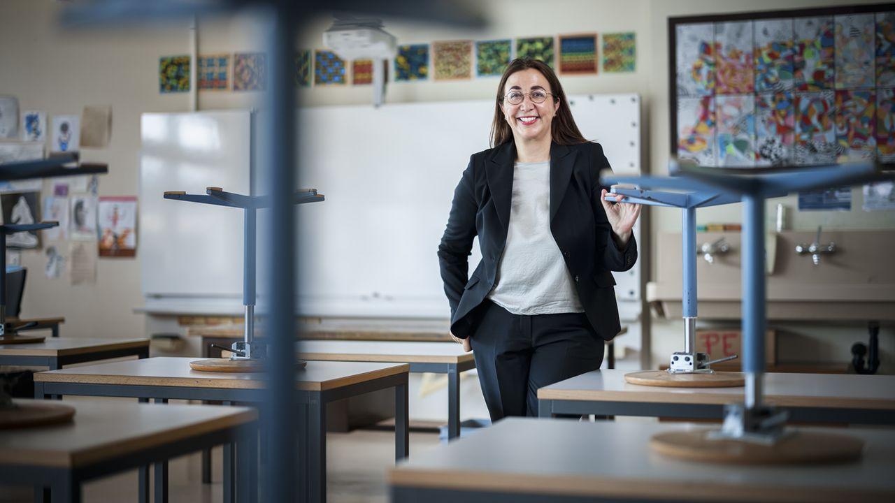 Cesla Amarelle dans une école à Ecublens (VD), après la conférence de presse sur la rentrée scolaire, le 17 août 2021. [Valentin Flauraud - Keystone]