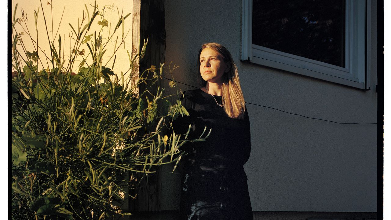 Raluca Antonescu, autrice en compétition pour le Prix des lecteurs de Lausanne. [© Sébastien Agnetti – Ville de Lausanne]