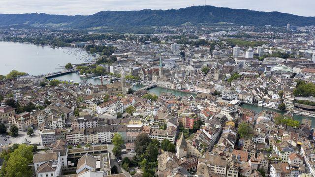 """La ville de Zurich veut créer une """"city card"""" pour ses sans-papiers. [Gaetan Bally - Keystone]"""