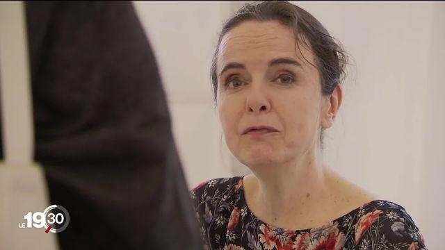 """Amélie Nothomb et Christine Angot - présentes au """"Livre sur les quais"""" à Morges - se penchent sur la figure du père [RTS]"""
