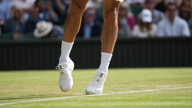 On Holding, marque de chaussures de sport dont le champion de tennis Roger Federer est actionnaire, vise une valorisation de plus de six milliards de dollars (5,5 milliards de francs) dans le cadre de son projet d'introduction en Bourse de New York, montrent des documents publiés mardi. [ALBERTO PEZZALI - KEYSTONE]