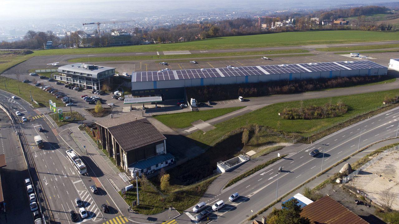 L'aéroport de la Blécherette à nouveau sous le feu des critiques [Laurent Gillieron - Keystone]