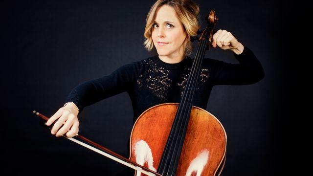 Sol Gabetta, violoncelle polyglotte [Julia Wesely - solgabetta.com]