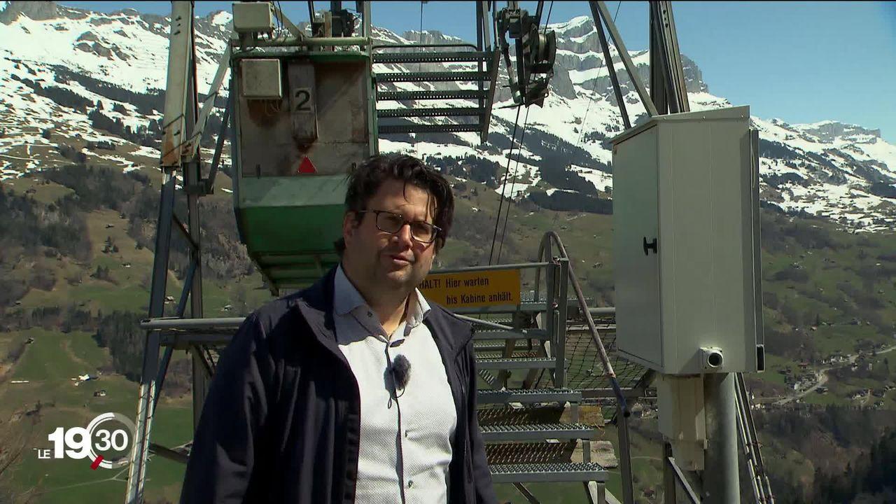 Uri: le musicologue Michel Roth a transformé les petits téléphériques de la région en gigantesques instruments [RTS]