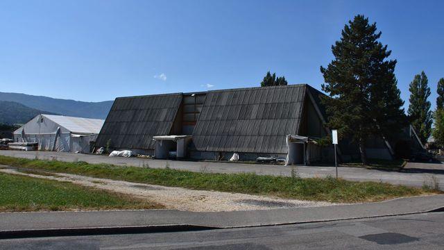 L'Hôpital du Jura pourrait s'installer sur le terrain occupé aujourd'hui par la Foire du Jura. [Gaël Klein - RTS]