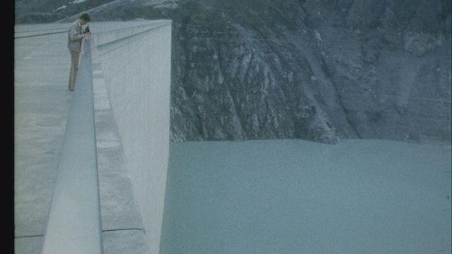 Plus qu'un barrage [RTS]