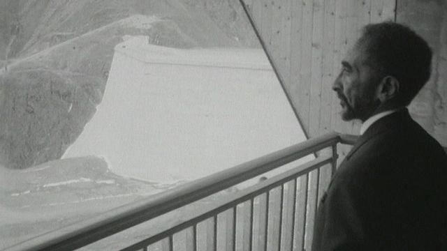 Hailé Sélassié à la Grande Dixence en 1965. [RTS]