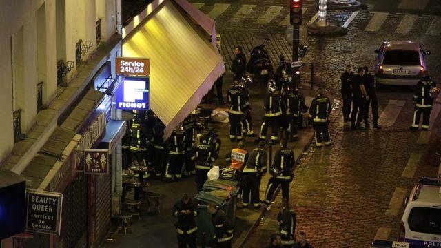 Des terrasses parisiennes ont été les cibles d'attaques du commando djihadiste le 13 novembre 2015. [Kenzo Tribouillard - AFP]