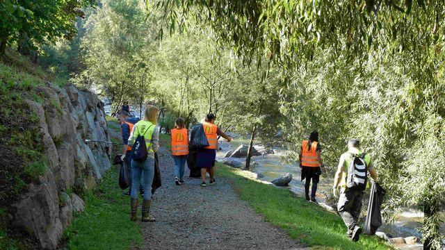 """Une opération du """"Clean-Up Day"""" 2021 près de Lugano, au Tessin. [Communauté d'intérêts pour un monde propre (IGSU)]"""
