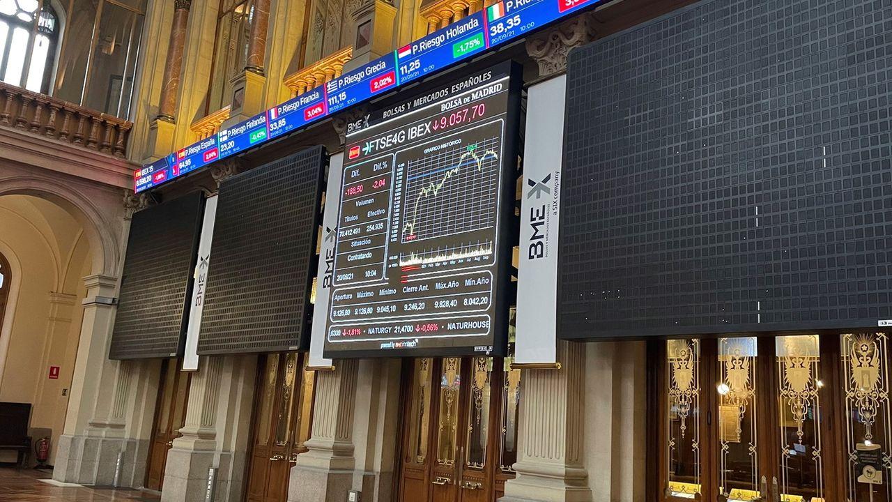 La bourse de Madrid a été perturbée par la situation du géant chinois Evergrande. [Ana Bornay - EPA/Keystone]