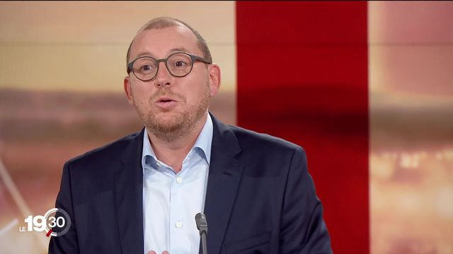 En Allemagne, les principaux candidats à la Chancellerie se sont affrontés dimanche une dernière fois avant les élections. Les explications d'Antoine Silacci, journaliste à la RTS. [RTS]