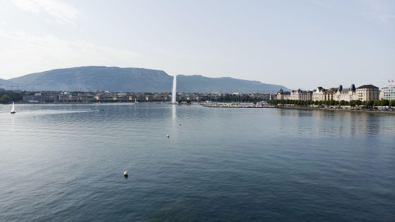 Vue sur la rade du lac Léman, à Genève. [Salvatore Di Nolfi - KEYSTONE]