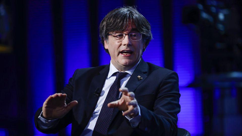 L'eurodéputé indépendantiste et ex-président catalan Carles Puigdemont, en exil en Belgique depuis 2017 après la tentative de sécession de la Catalogne la même année, a été arrêté jeudi en Italie, a annoncé son avocat. [FRANCISCO SECO - KEYSTONE]