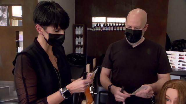 Deux coiffeurs valaisans partent à la conquête d'un prix international de coiffure. Ils feront étalage de leur talent au travers d'une vidéo [RTS]