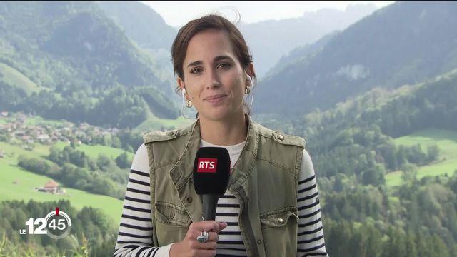 """La journaliste Hannah Schlaepfer: """"Certains agriculteurs disent avoir la chair de poule lorsqu'il y a la désalpe"""" [RTS]"""