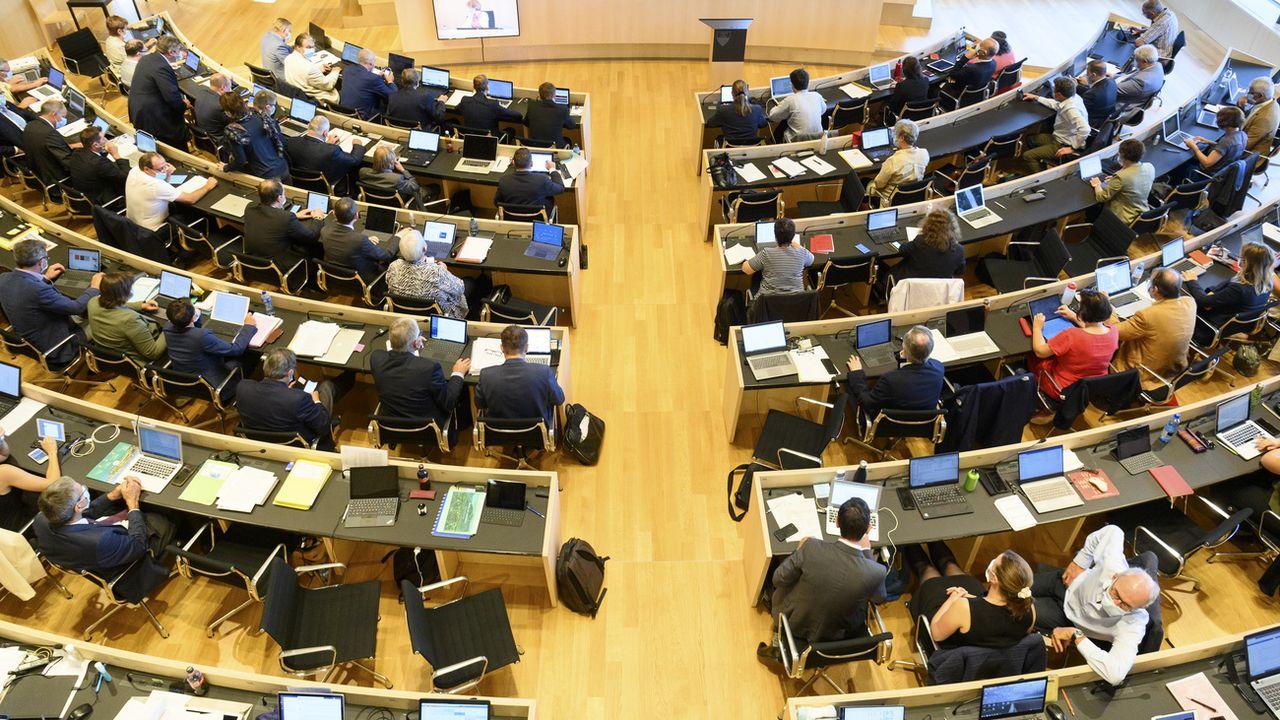 Le Grand Conseil vaudois veut que l'Etat en fasse plus pour aider les communes à lutter contre les cyberattaques. [Laurent Gillieron - Keystone]