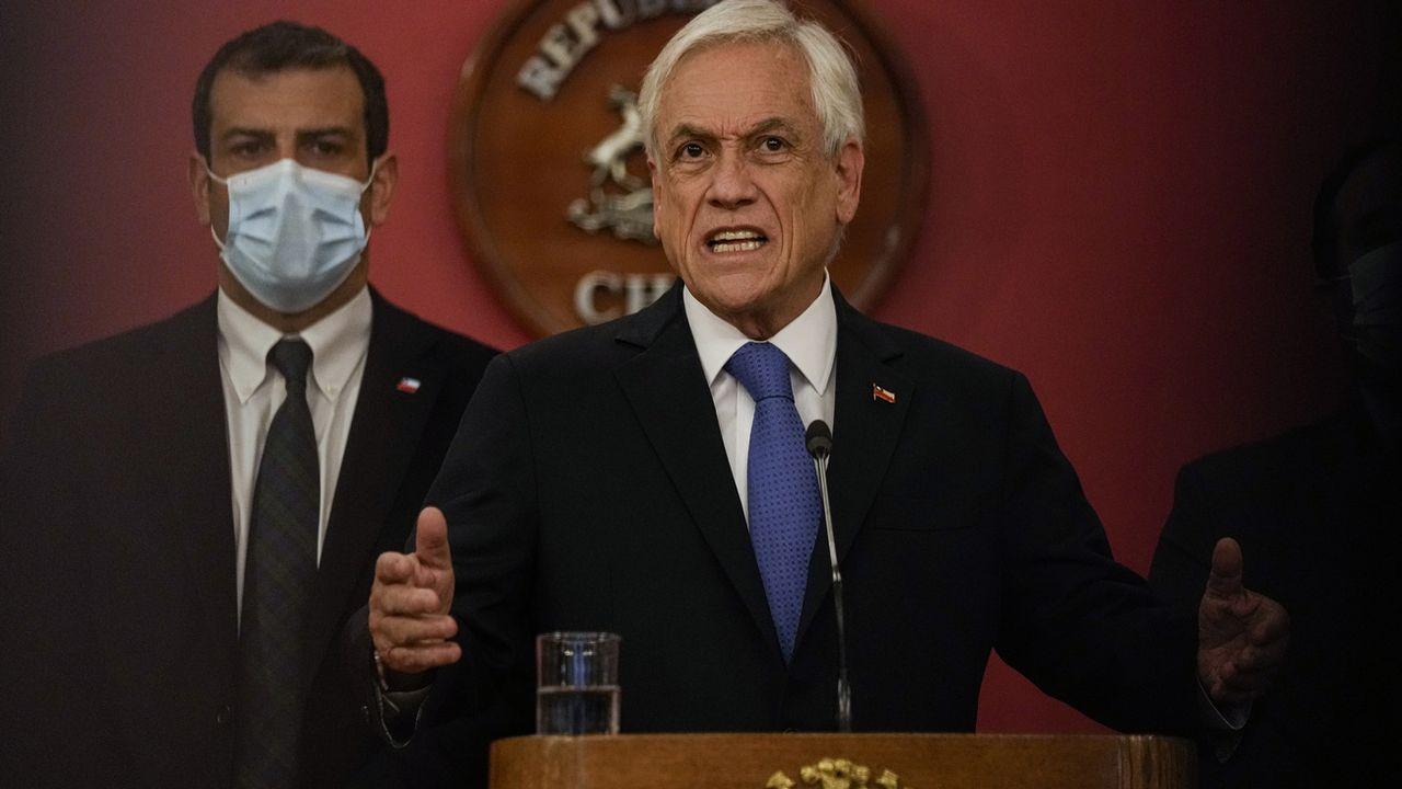 L'opposition chilienne a demandé mercredi au Parlement la destitution du président Sebastian Piñera pour la vente d'une compagnie minière par une entreprise détenue par ses enfants, une opération réalisée dans un paradis fiscal, selon l'enquête internationale des Pandora Papers. [ESTEBAN FELIX - KEYSTONE]