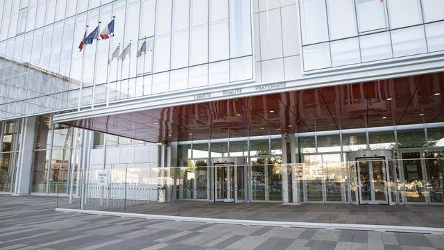 Le Tribunal correctionnel de Paris a condamné un ancien chauffeur de taxi genevois à sept ans de prison pour des faits de terrorisme. [Yann Castanier - AFP]