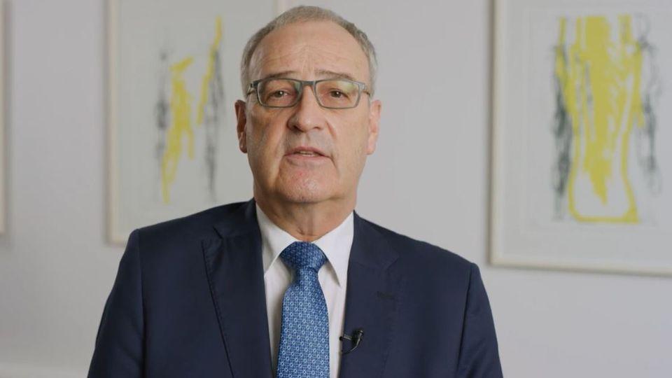 Guy Parmelin appelle à se préparer à de possibles pénuries d'électricité. [Association des Entreprises électriques Suisses (AES)]