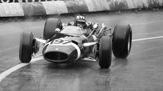 Le pilote automobile suisse Jo Siffert en 1965. [PHOTOPRESS-ARCHIV - KEYSTONE]