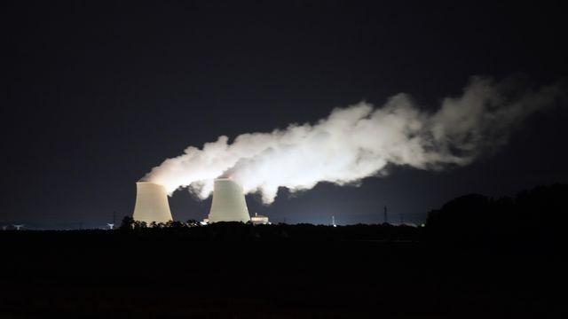 La France se prépare à relancer la construction de centrales nucléaires. [AP Photo/Francois Mori - Keystone]