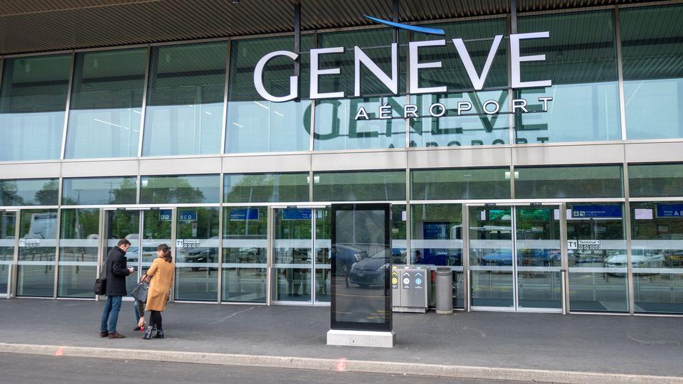Genève Aéroport supprime une vingtaine de postes et suscite l'ire du personnel [toxawww - Depositphotos]