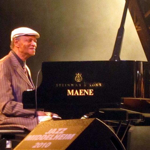 McCoy Tyner - Jazz Middelheim [Eddie Janssens - Wikipedia]