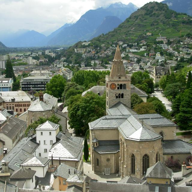 Sion_-_Old_town_of_Sion [Wikipedia]